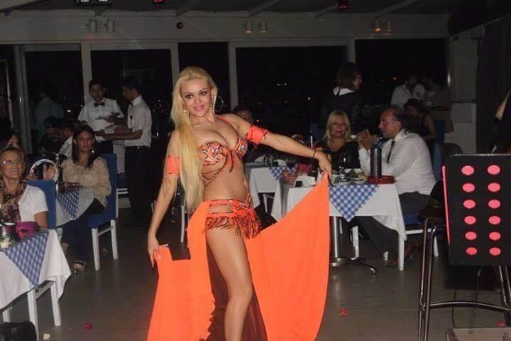 Düğünde dansöz oynatmak